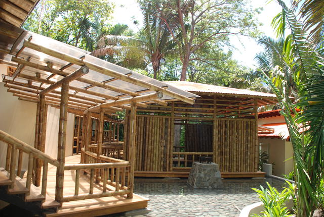 Bamboo building industry has room to grow the tico times for Bamboo roofing materials