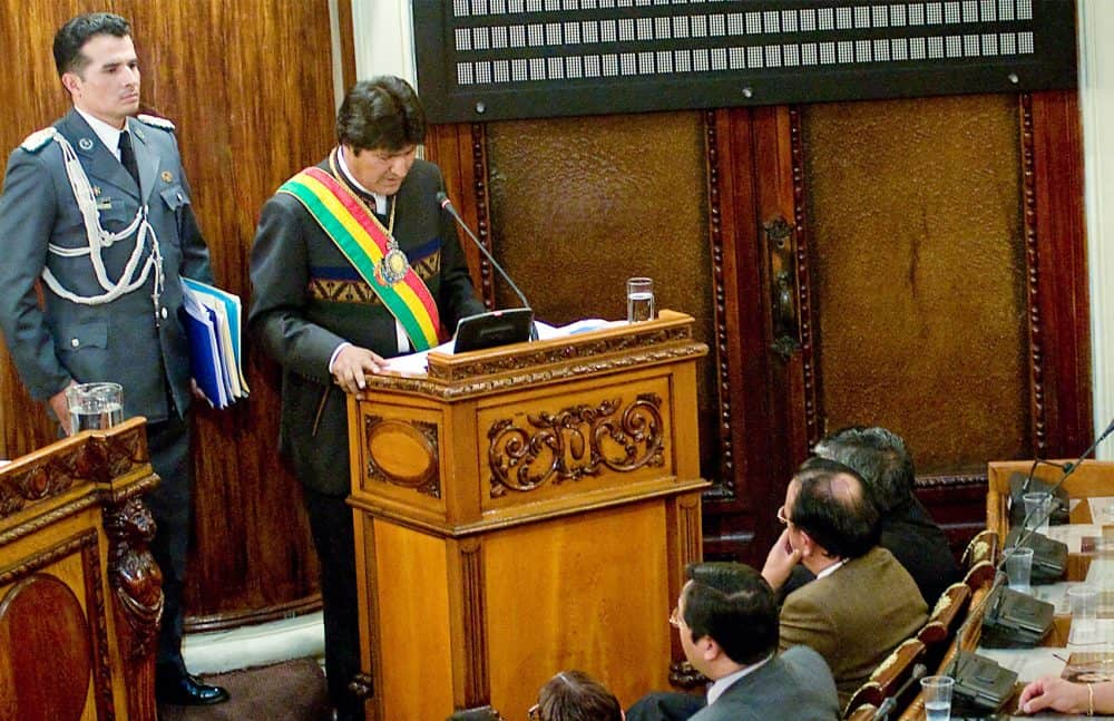http://www.ticotimes.net/wp-content/uploads/2014/02/140211EvoMorales-1000x647.jpg