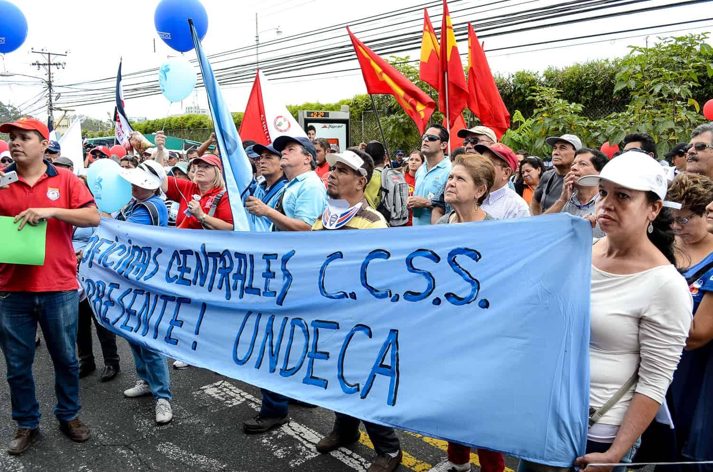 Caja demonstrators