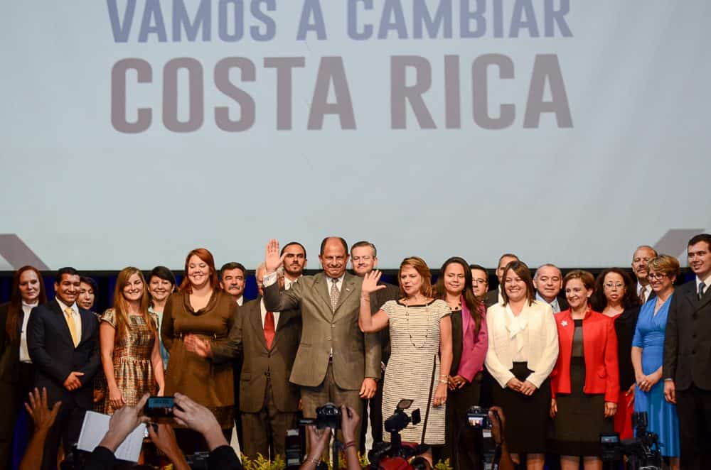 Luis Guillermo Solís & members of his Cabinet
