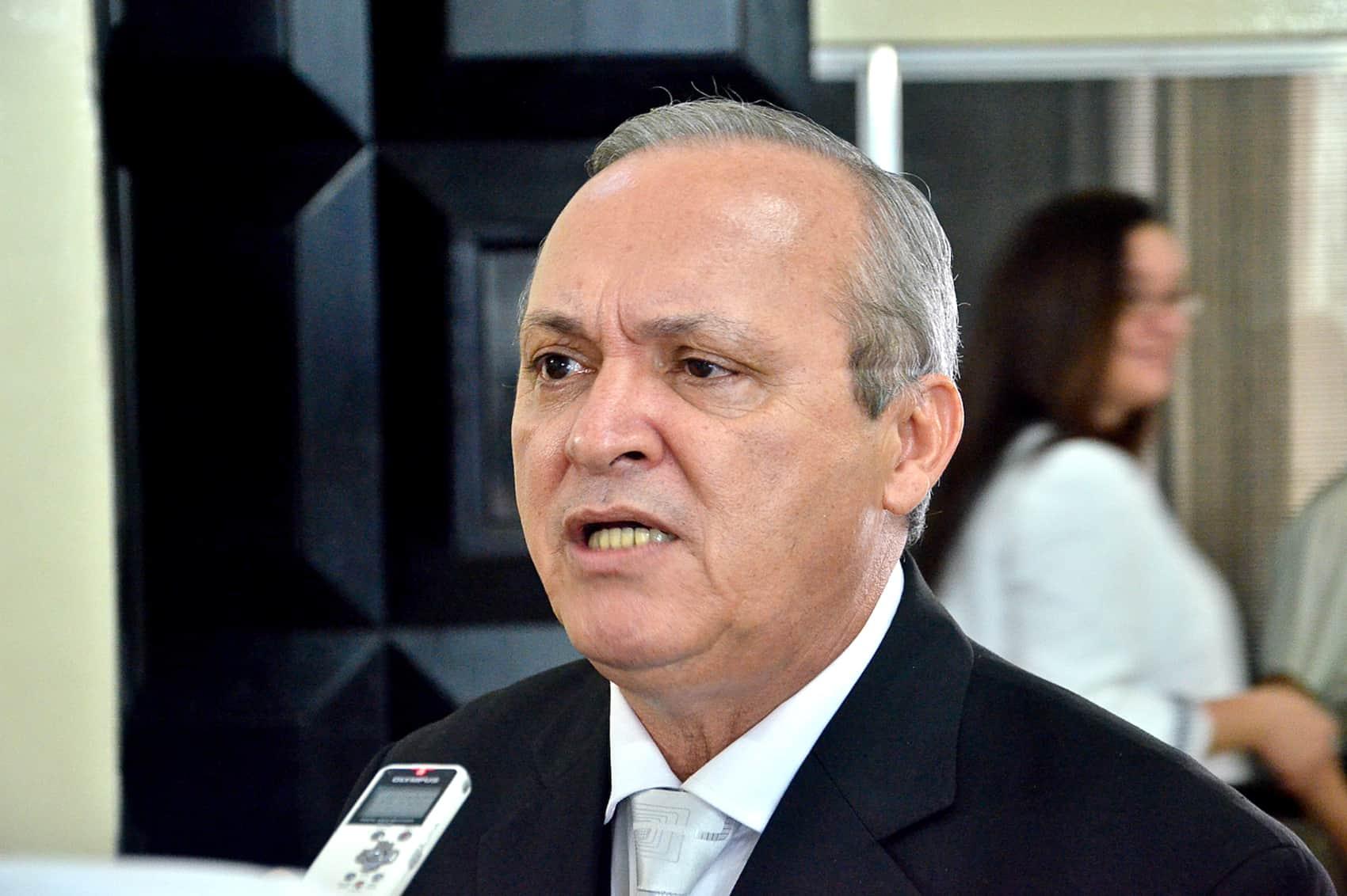 PUSC lawmaker Walter Céspedes