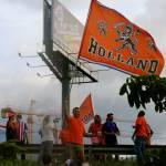 Sympathetic Dutch celebrate victory in Escazú