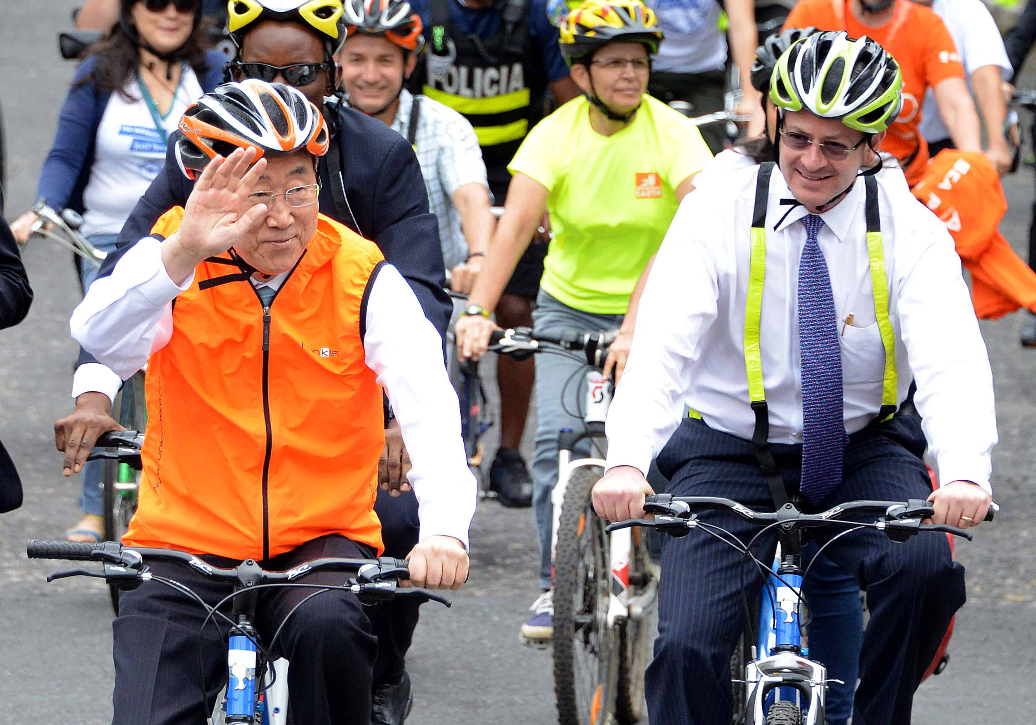 Un Secretary General Hops On A Bike To Promote Urban Cycling The