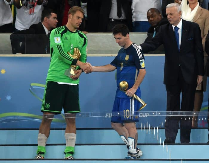 a5ac0cd9c Germany s Manuel Neuer beats Costa Rica s Keylor Navas for World Cup s best  goalkeeper award