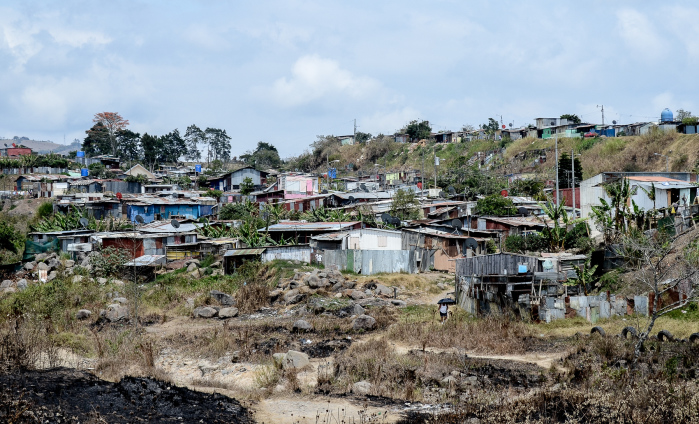 Alfa img - Showing > Costa Rica Poverty Issues