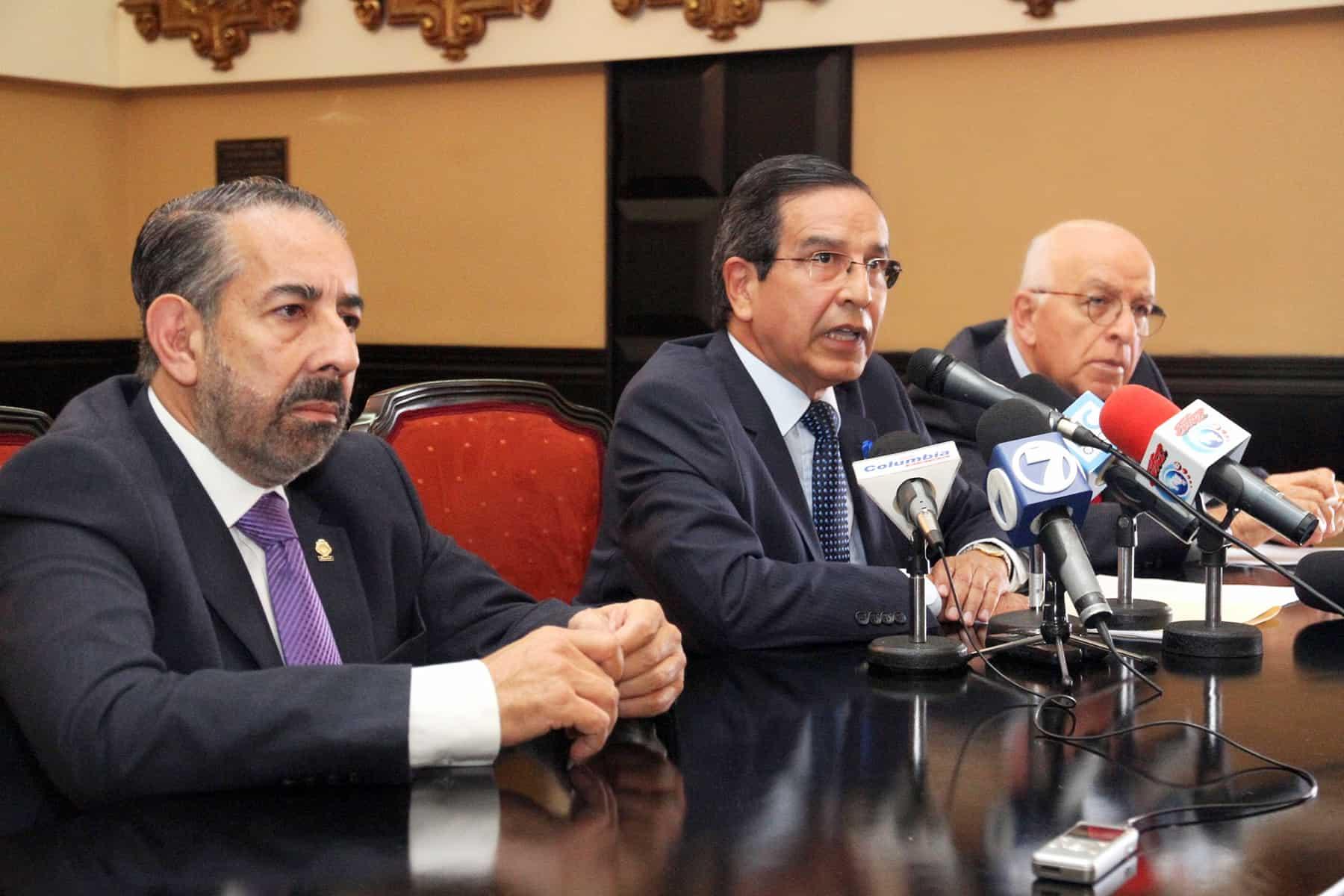 PLN lawmakers Juan Luis Jiménez Succar, Rolando González Ulloa, Carlos Arguedas Ramírez