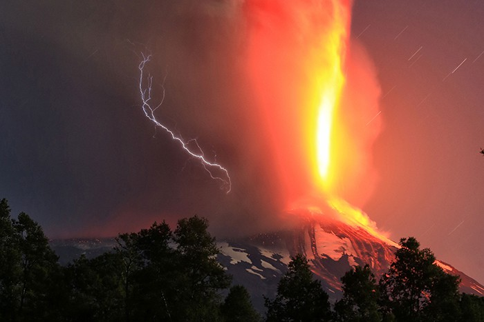 Picture released by Atonchile showing the Villarrica volcano in southern Chile which began erupting on March 3, 2015 forcing the evacuation of some 3,000 people in nearby villages.