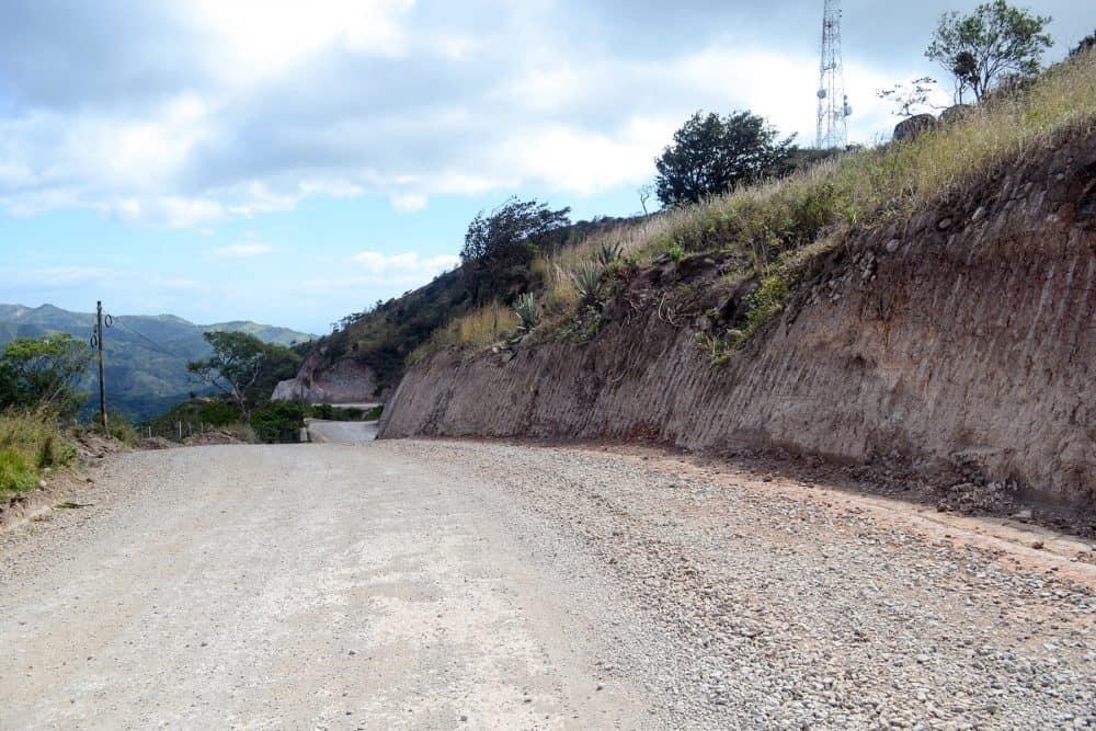 The gravel road to Monteverde - Route 606.