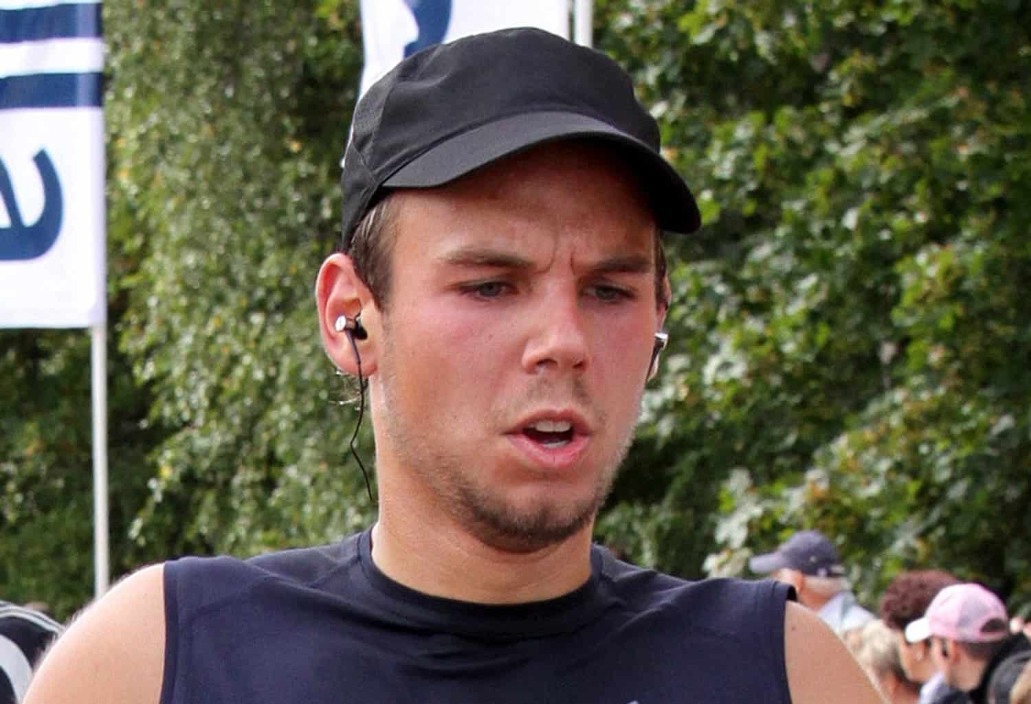 Andreas Lubitz, takes part in the Airport Hamburg 10-mile run on Sept. 13, 2009 in Hamburg.