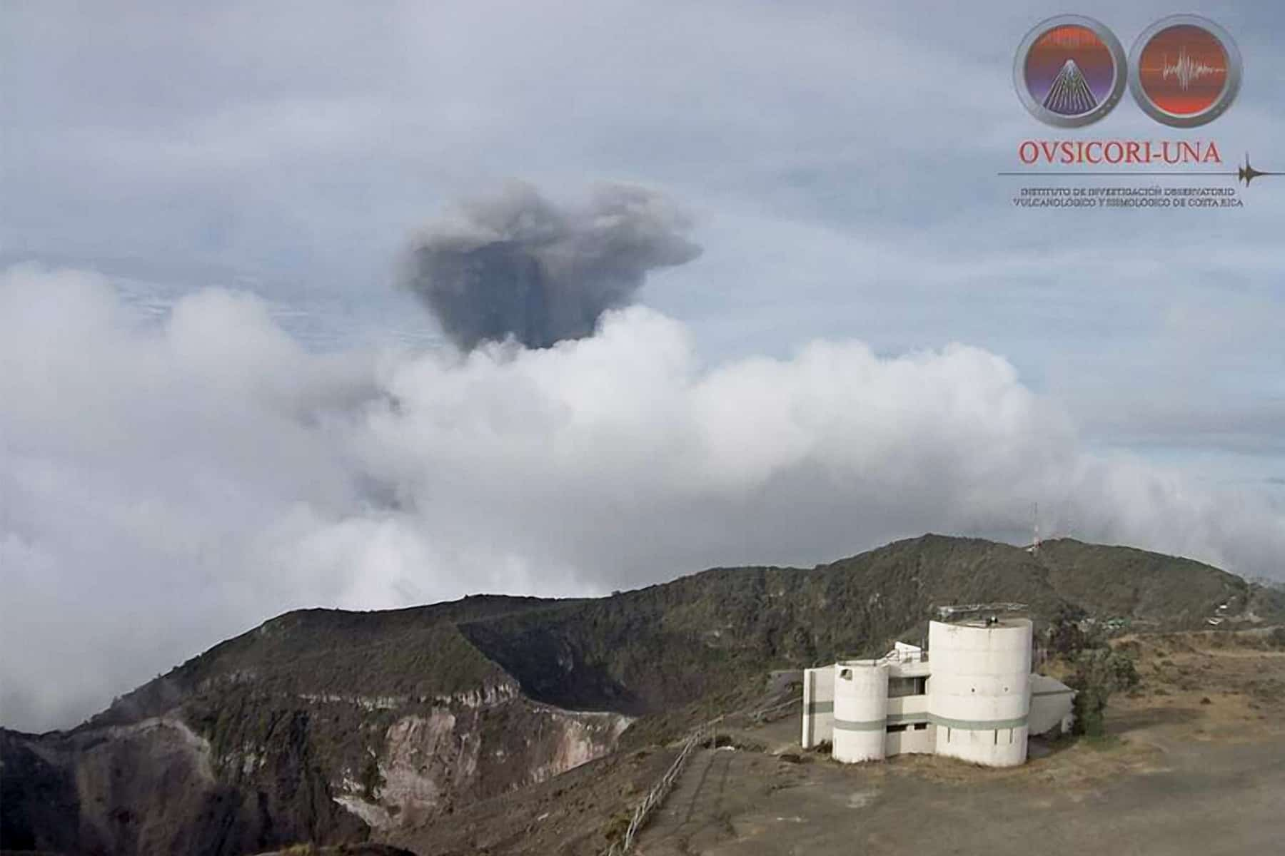 Explosion at Turrialba Volcano, April 21, 2015