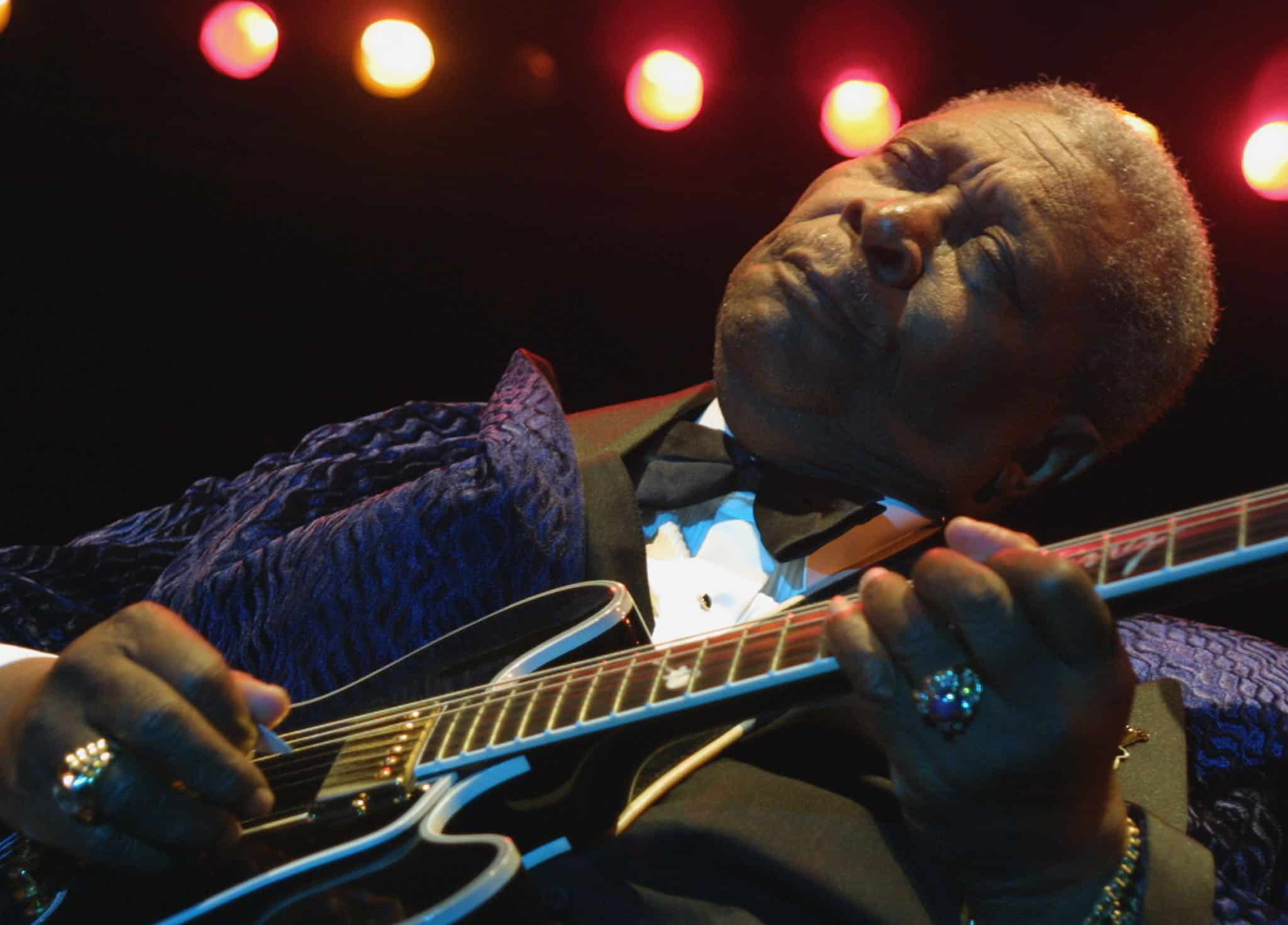 Blues legend B.B. King performing in Nice, southern France during the 8th Nice Jazz festival on July 25, 2001.