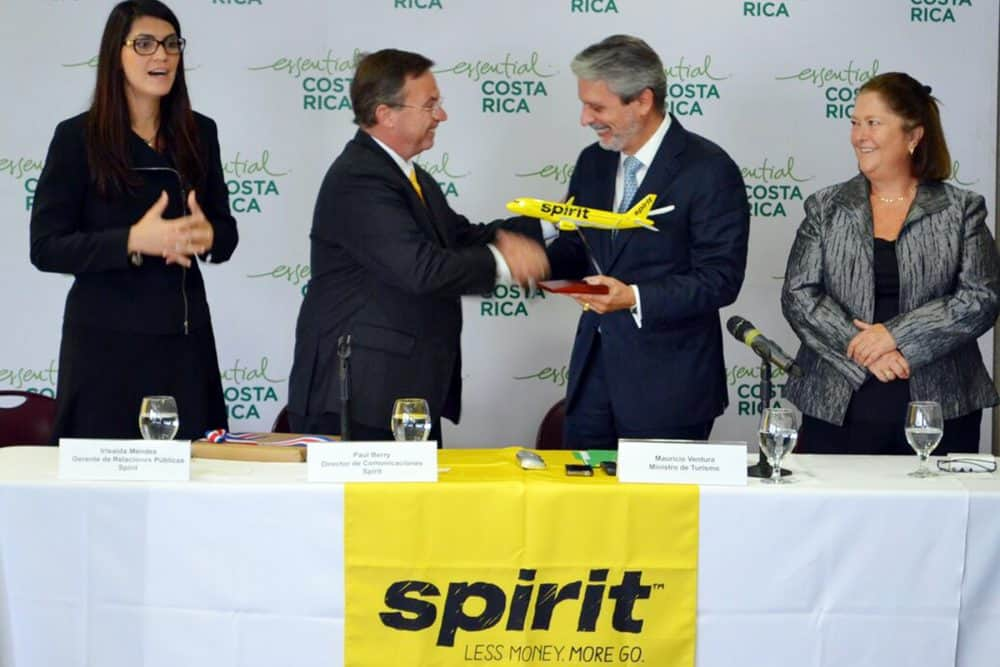 Spirit Airlines officials & Costa Rica's Tourism Minister