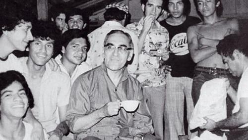 Archbishop Óscar Romero with Salvadoran youth.