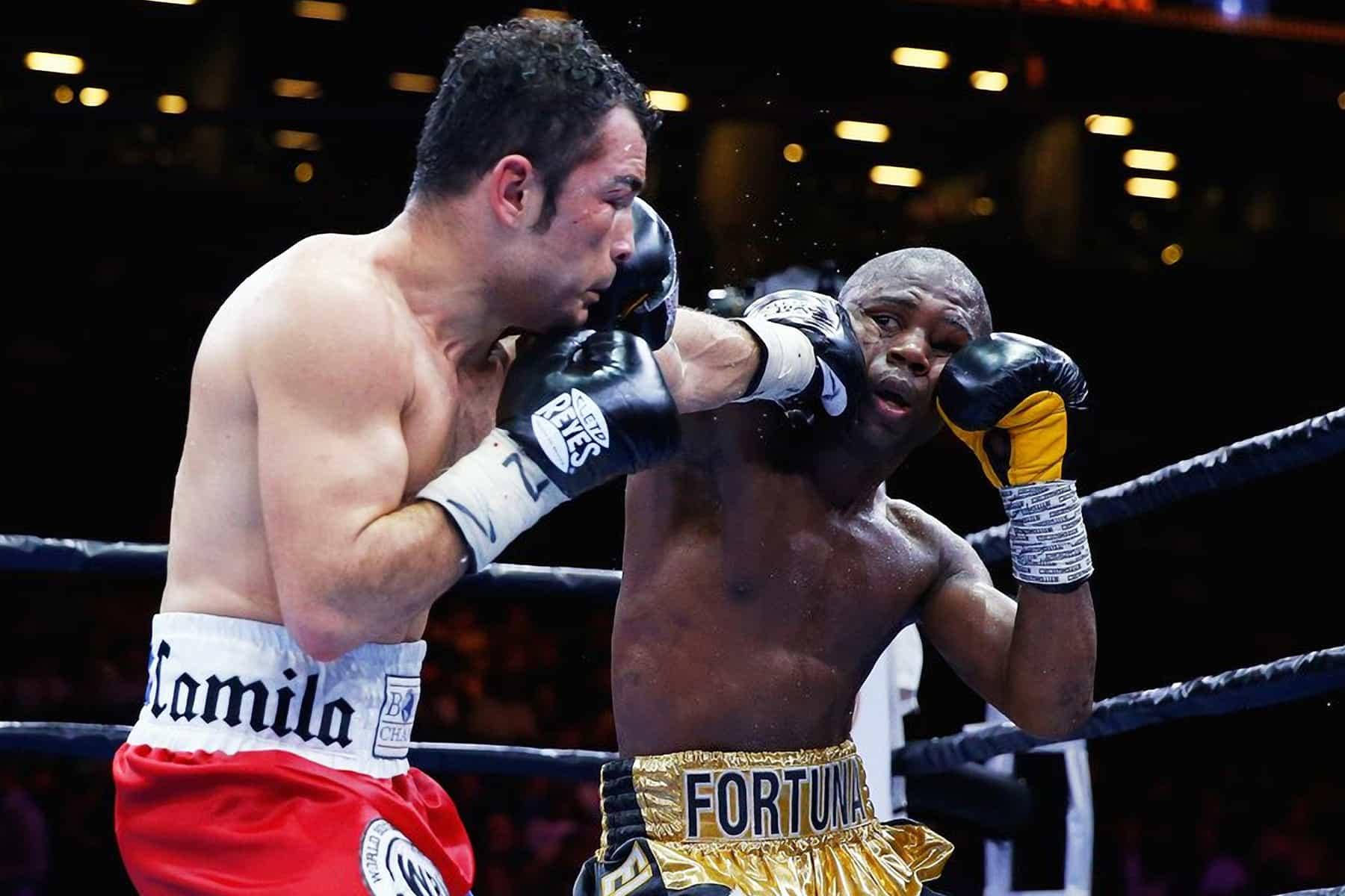 "Bryan ""Tiquito Vásquez vs. Javier ""Abejón"" Fortuna"