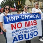 Members of the National Union of Caja Employees (UNDECA).