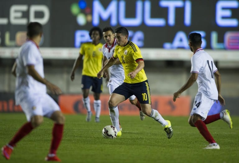 Colombia's midfielder James Rodriguez controls the ball during a friendly football match against Costa Rica at Diego Armando Maradona stadium in Buenos Aires, Argentina on June 6, 2015.