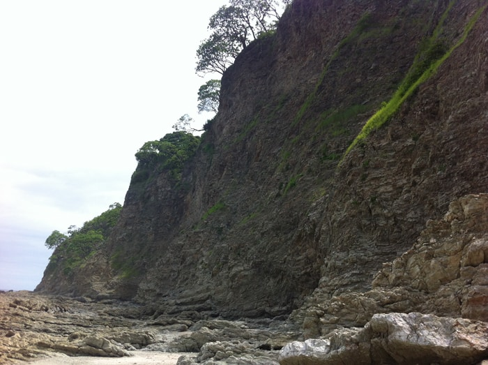 The cliffs of Isla Chora, which crumble easily in a storm.
