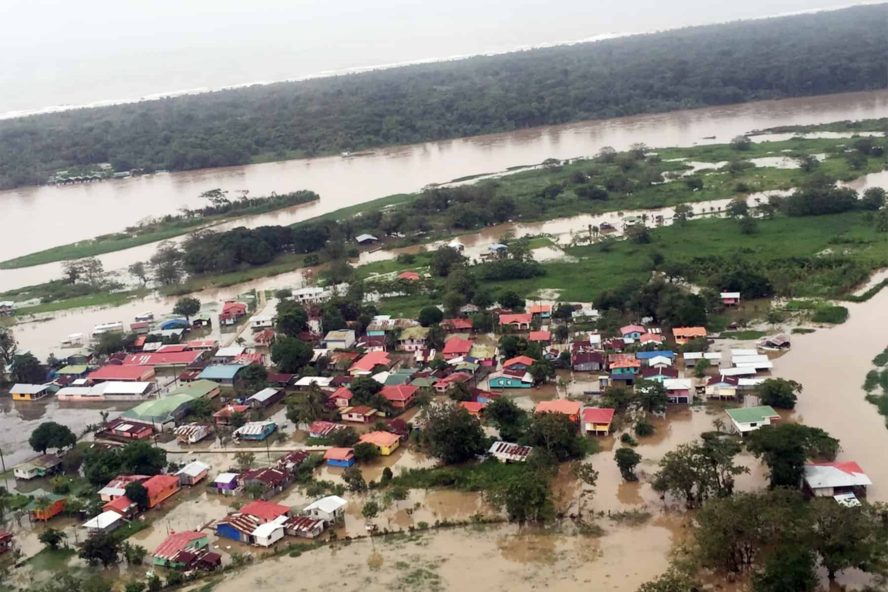 Flooding in Limón, Barra del Colorado