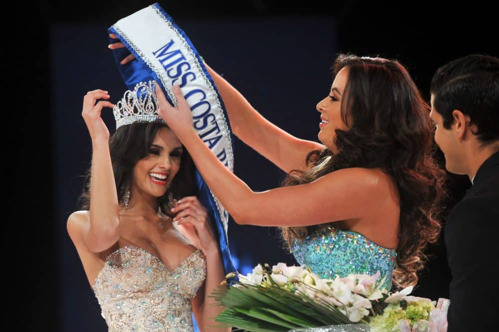 Fabianna Granados is crowned Miss Costa Rica 2013.