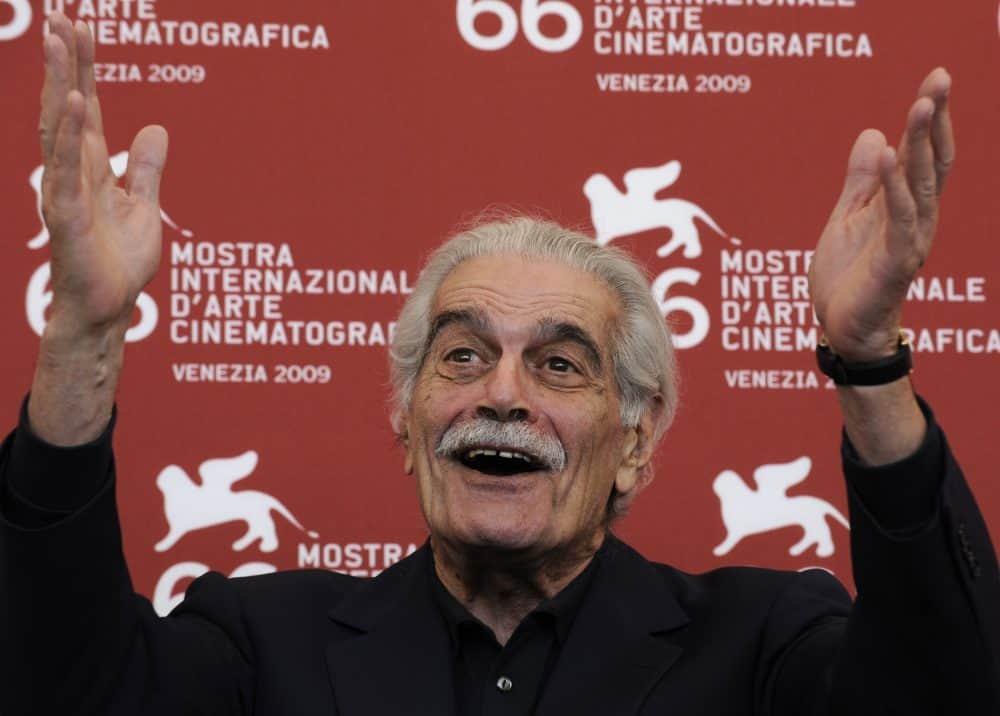 """A file picture taken on September 10, 2009 shows Egyptian film legend Omar Sharif posing during the photocall of """"Al Mosafer"""" (The Traveller) at the Venice film festival."""