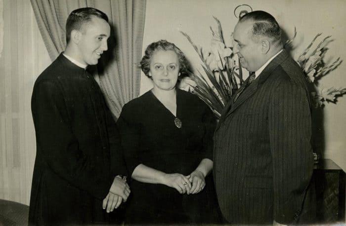 Pope Francis, left, with his mother, María Regina Sivori, and father, Mario José Bergoglio, in 1958 in Buenos Aires.