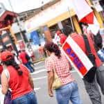 Members of the High School Teachers' Association (APSE) attend the public employee protest in Avenida Segunda, San José, August 20, 2015.