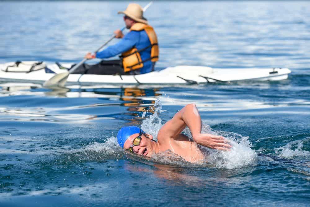 Christopher Lanuza wins the Cruce Golfo Dulce.
