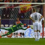 Keylor Navas leads Real Madrid to another shutout in battle of Europe's top teams