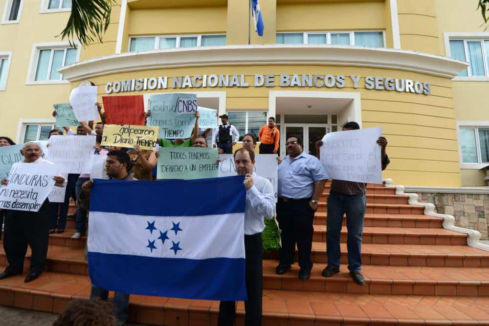 Honduras Continental Bank, corruption protest.