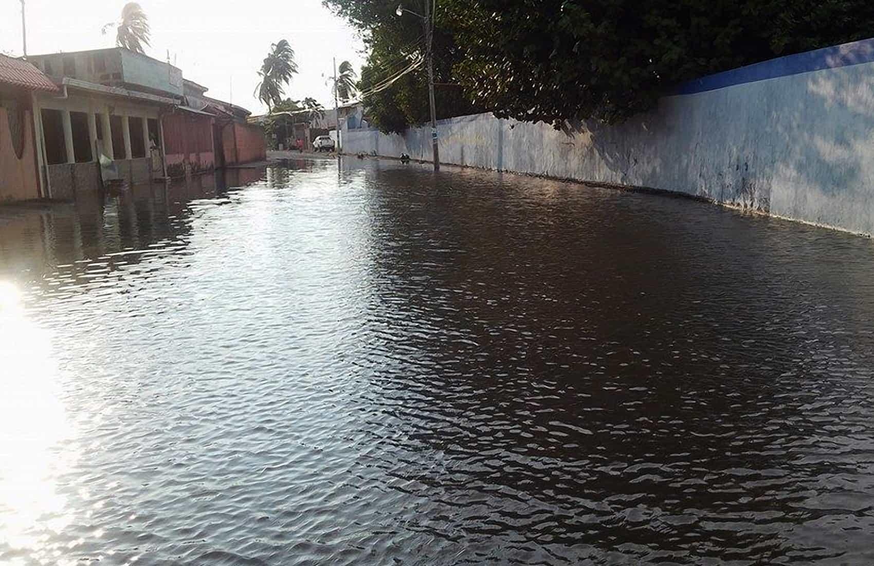 flooded Puntarenas street