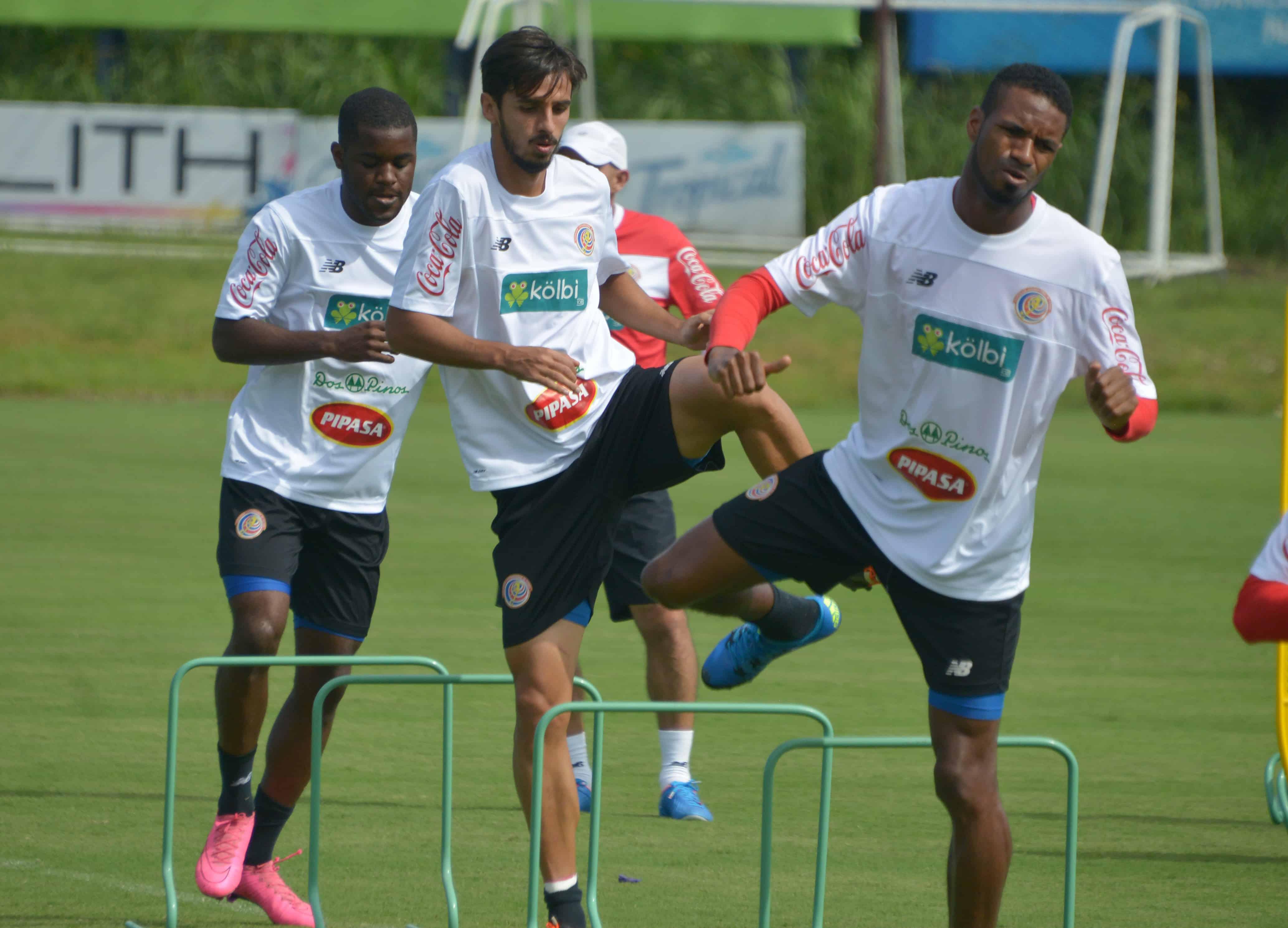 Costa Rica football players Joel Campbell, Bryan Ruiz and Dave Myrie