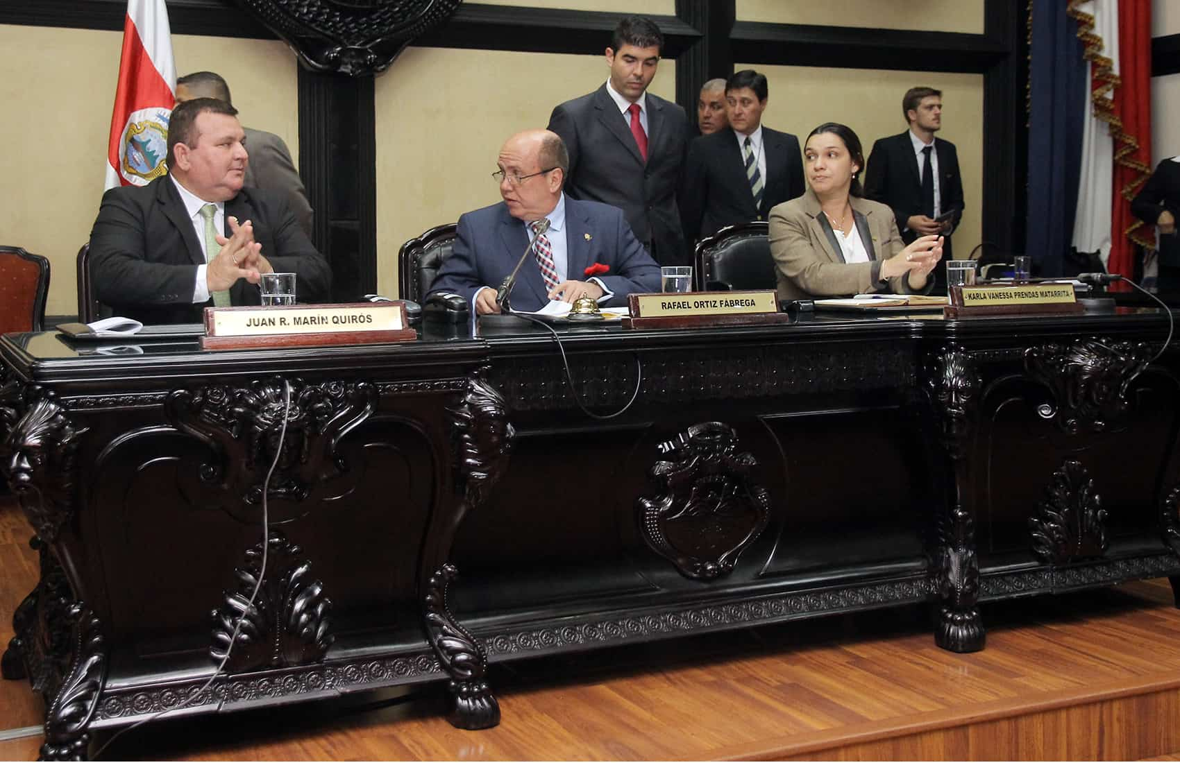 Legislative Assembly Directorate Nov. 2015: Costa Rica national budget