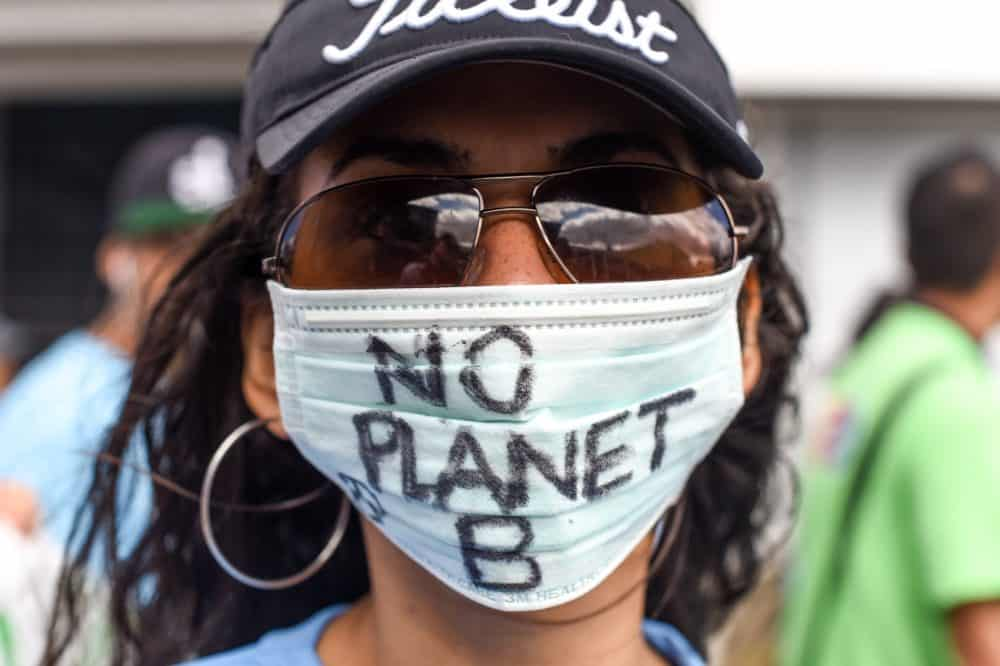 Costa Rica march against climate change