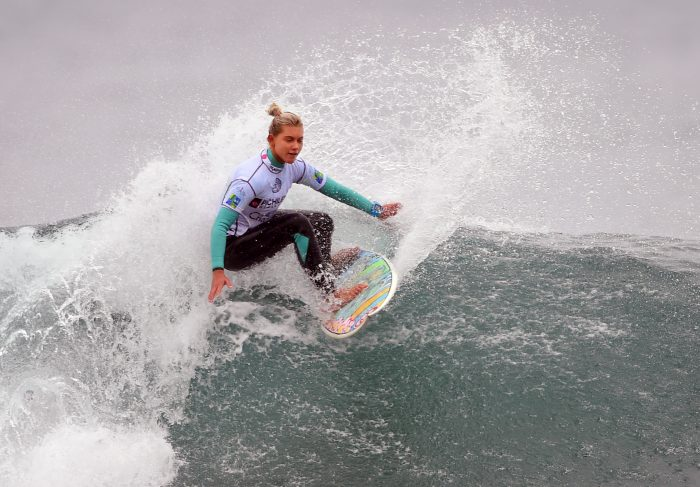 Costa Rica surf: Leilani McGongale