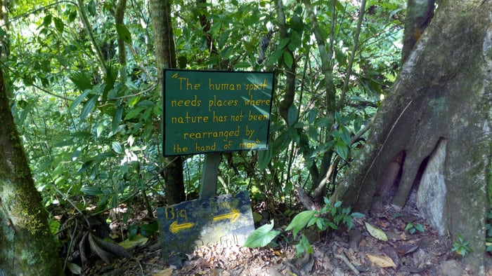 Sign on the trail to the waterfalls.