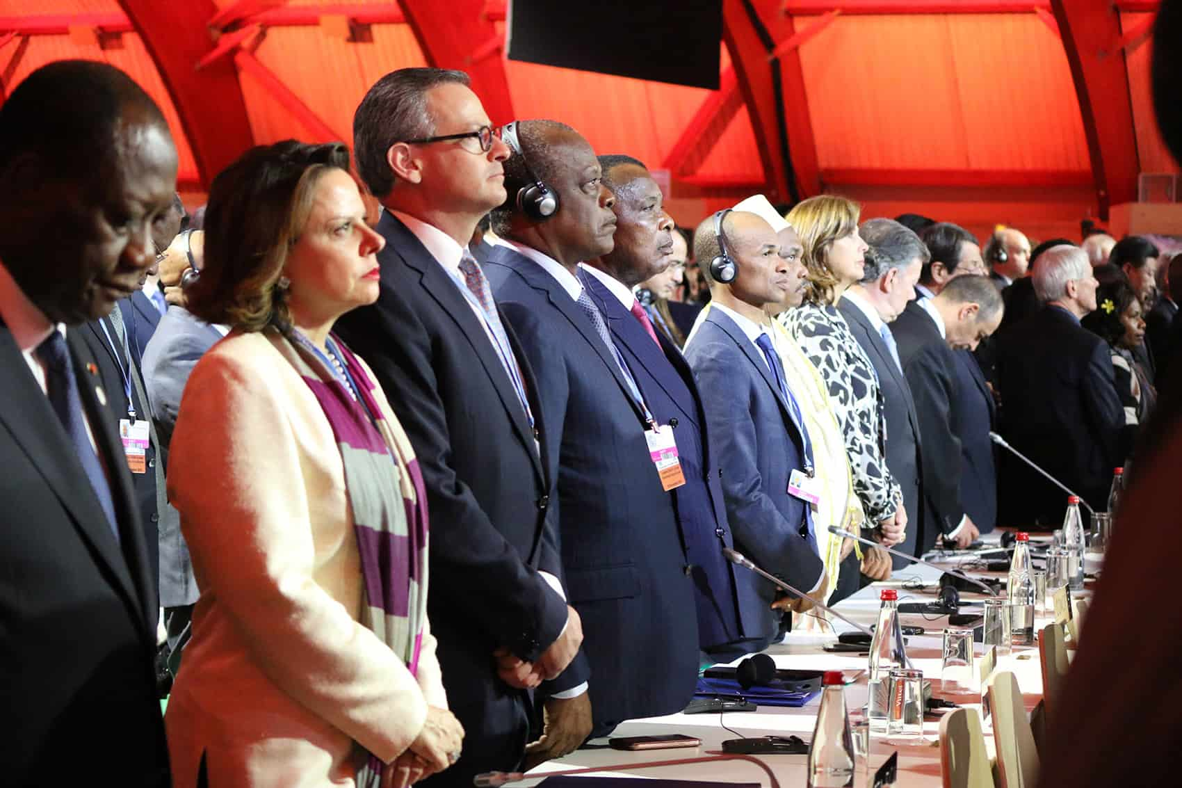 Costa Rica climate change: Vice President Ana Helena Chacón and Foreign Minister Manuel González at the first day of the U.N. Climate Change Conference in Paris