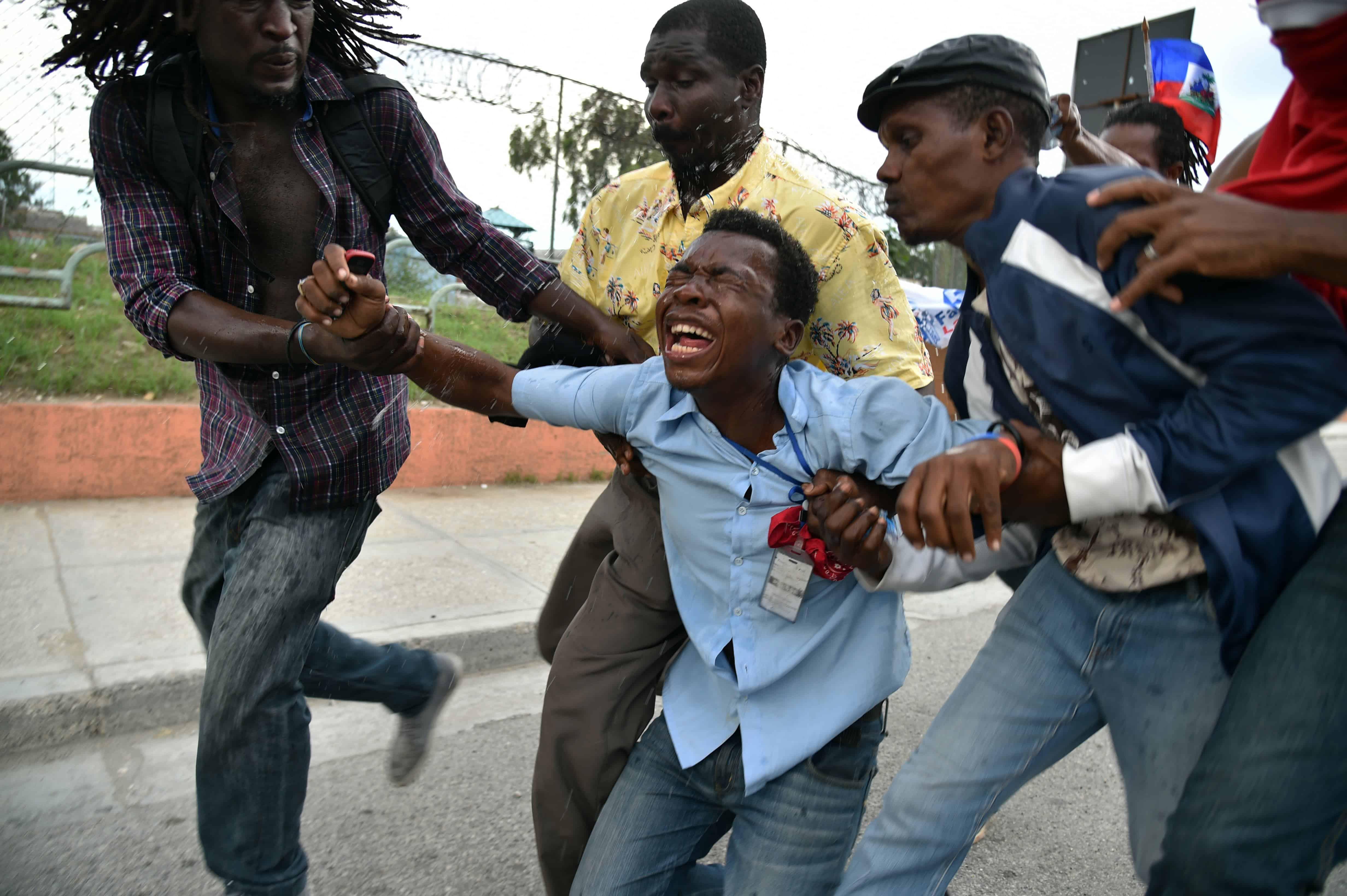 Haiti elections tear gas
