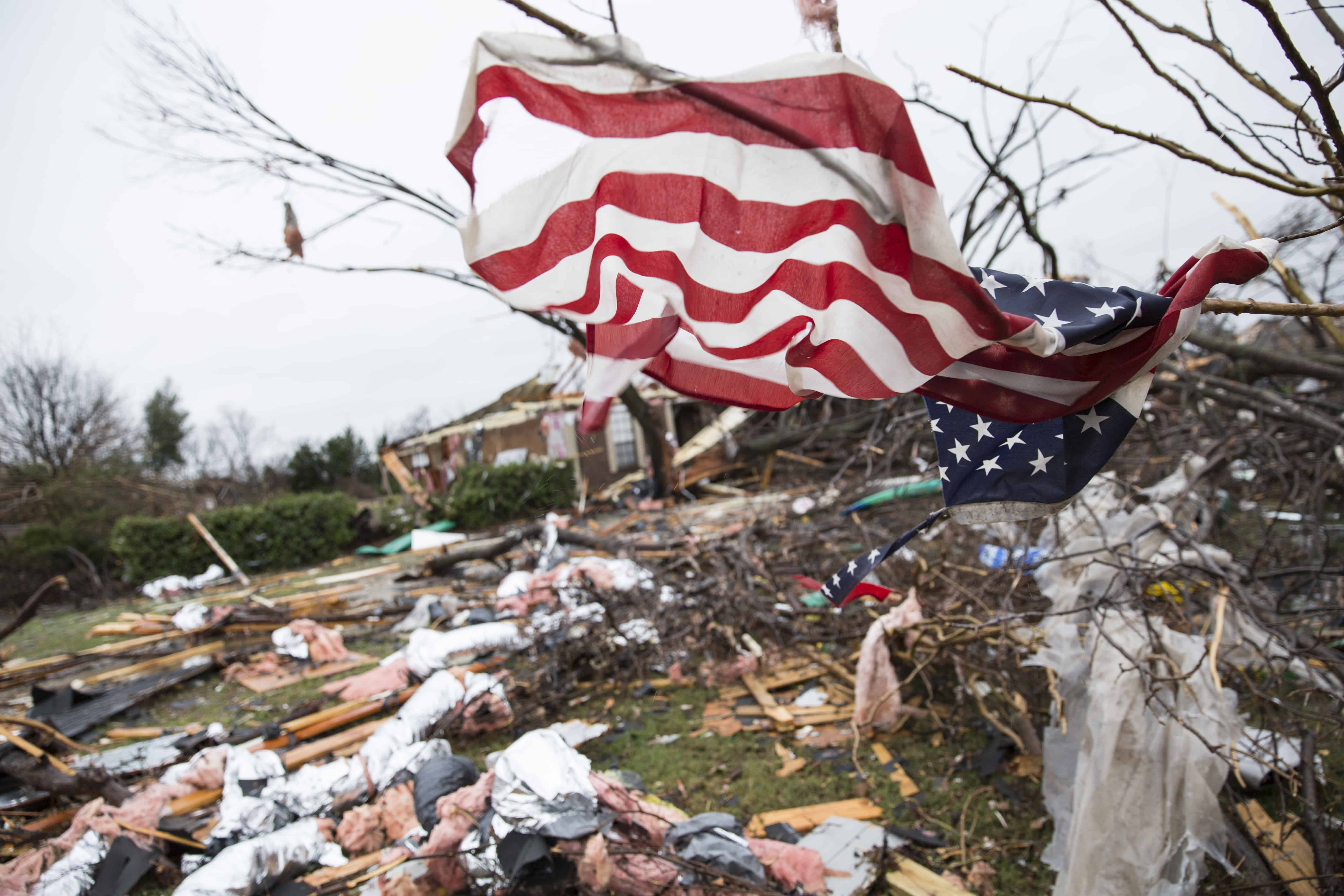 aftermath of tornadoes in Texas 2015