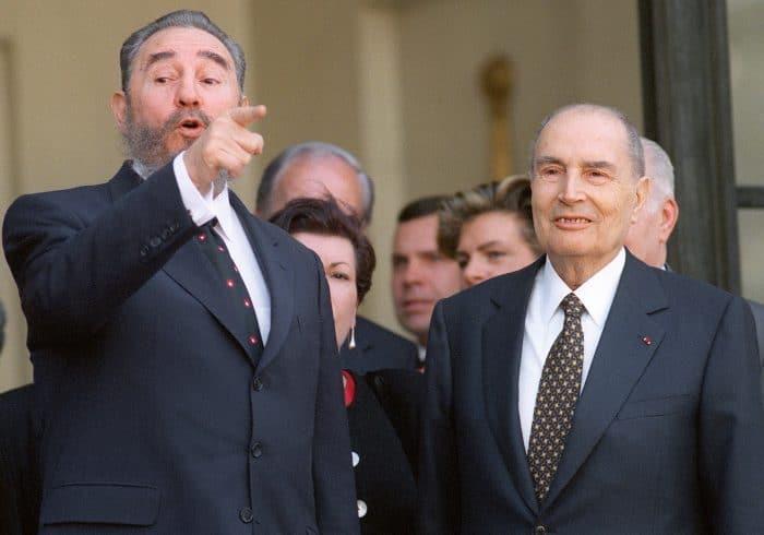 Fidel Castro and François Mitterrand in Paris in 1995.