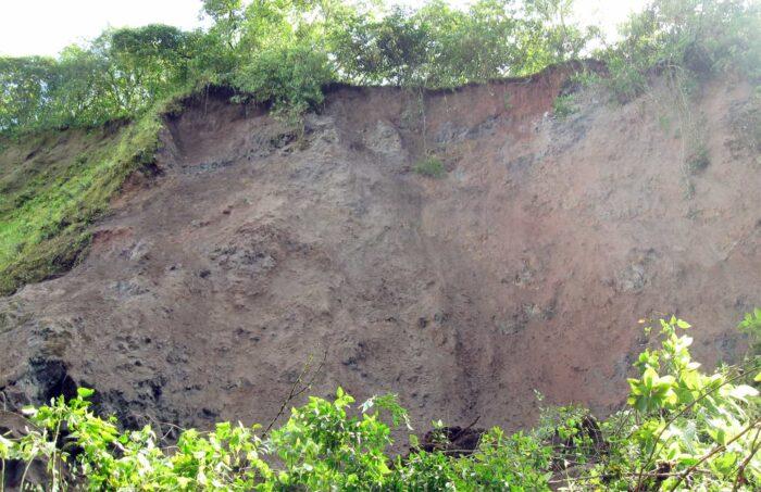 Debris over Chiquito river, 2011