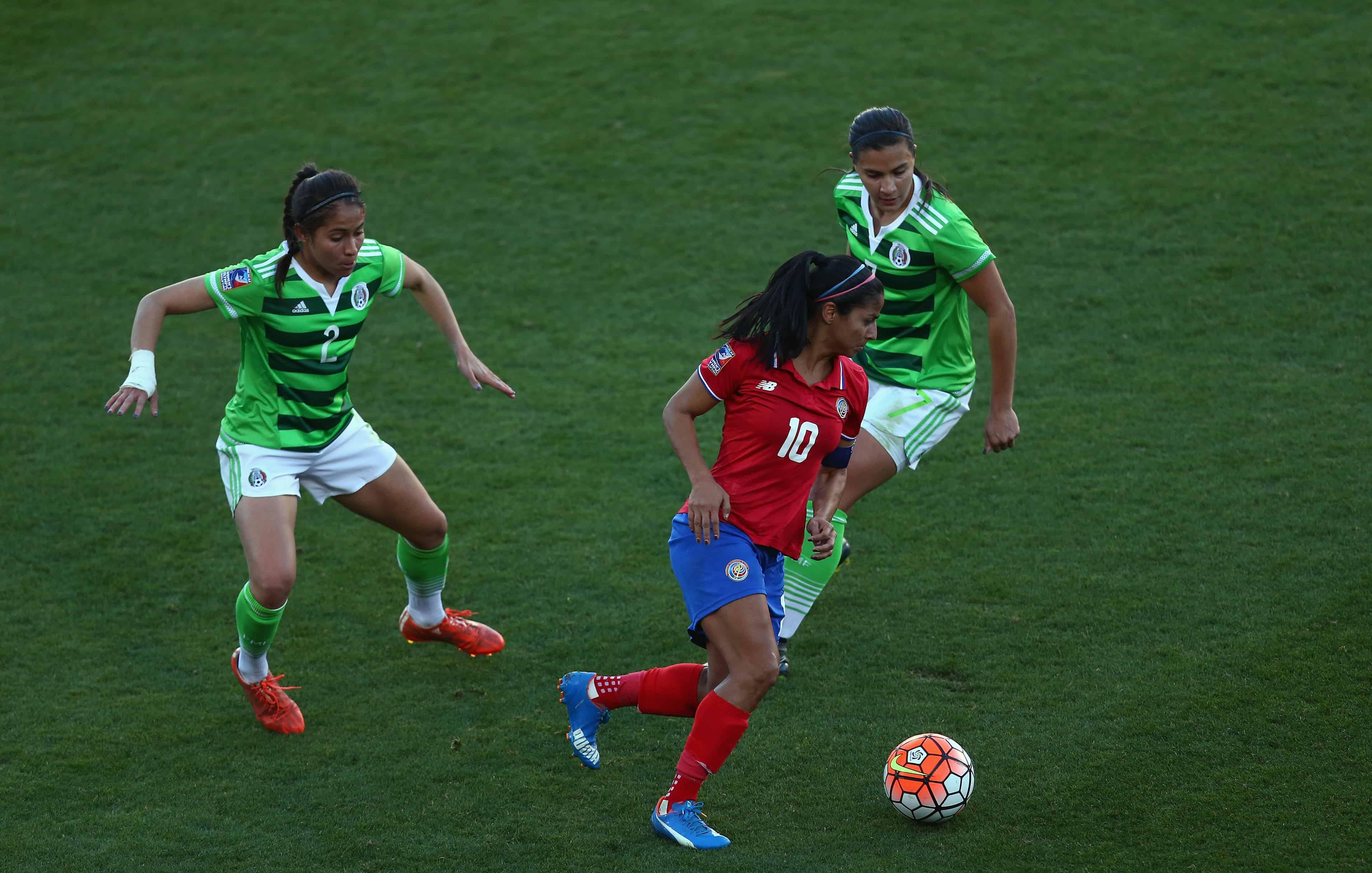 Shirley Cruz, Costa Rica women's soccer
