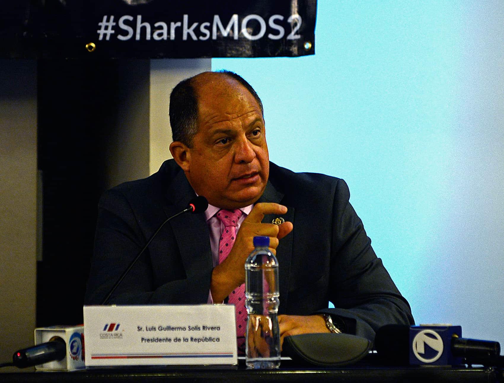 Luis Guillermo Solís; Costa Rica sharks