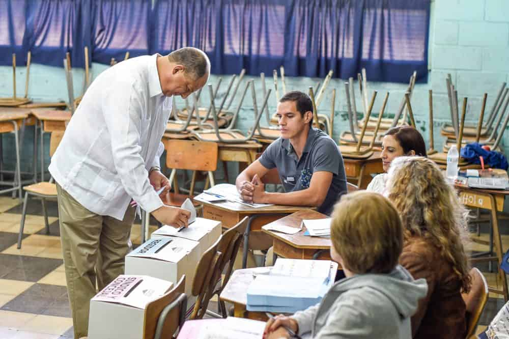 Costa Rica municipal elections: President Luis Guillermo Solís votes