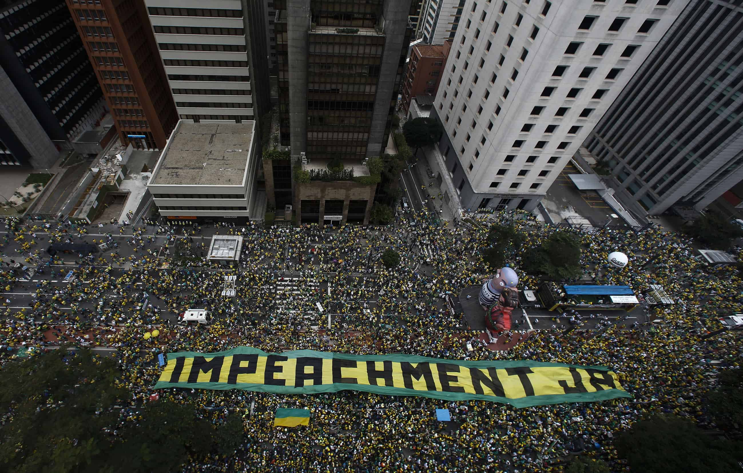 Protesters demand the resignation of Brazilian President Dilma Rousseff on March 13, 2016 in São Paulo.