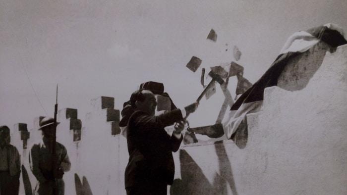 José Figueres Ferrer, winner of the 1948 civil war, destroys parapets on top of the Bellavista Fortress.