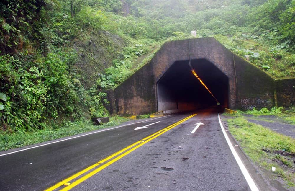 The Zurquí tunnel near the entrance to Braulio Carrillo National Park on Highway 32.