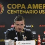 Óscar Ramírez faces first adversity as La Sele's head coach