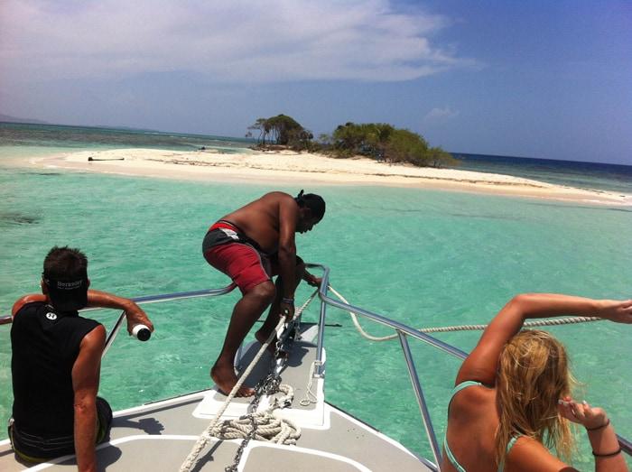 Dropping anchor at Pigeon Cay, a tiny island near Roatán.