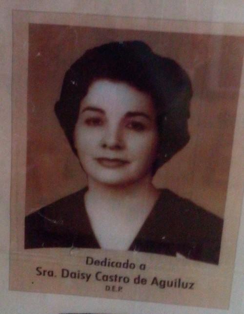 Daisy Castro, Santa Ana heiress who married Marcial Aguiluz.