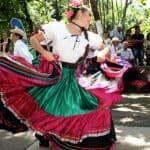 folkloric dancers